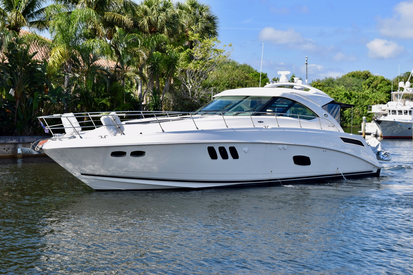 2012 Sea Ray 540 at the marina