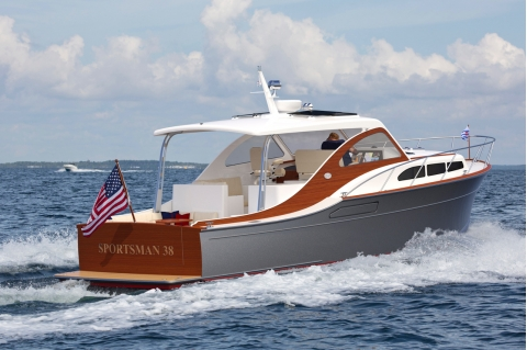 2020 Huckins Sportsman 38 Hybrid